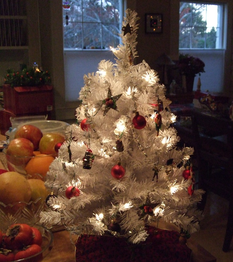 White 4 Foot Christmas Tree: 3 Ft Crystal White Tree
