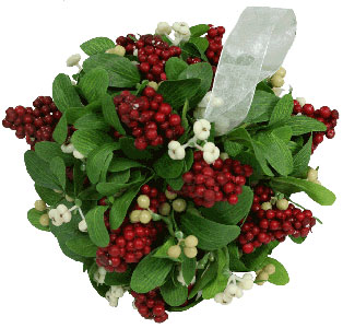 8 Inch Berry Mistletoe Kissing Ball Christmas Decorations For Sale